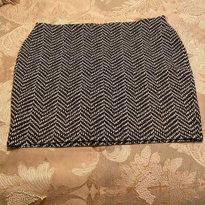 Women's printed bodycon skirt